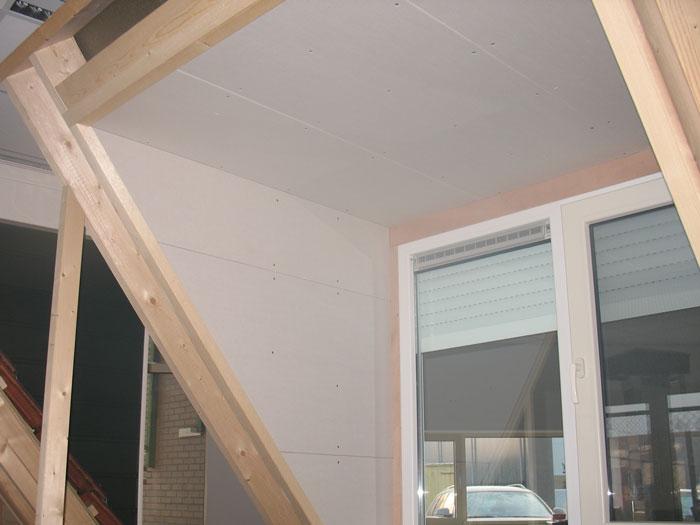 Voorbeeld van afwerking dakkapel met gipsplaten door Dak- en Woningcentrum